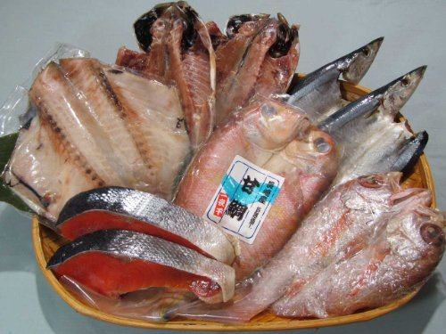 〔厳選〕塩紅鮭と特選干物セット
