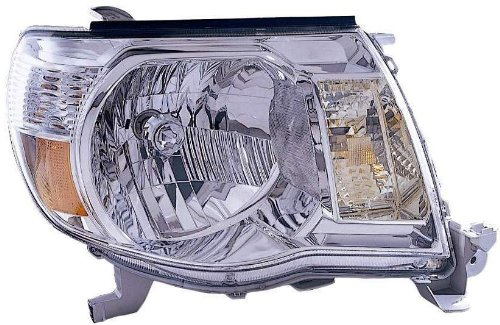 OE Replacement Toyota Tacoma Passenger Side Headlight Assembly Composite (Partslink Number TO2503157)