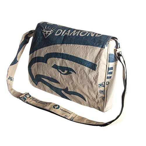 Upcycling Messenger 'Bag Up' aus recyceltem Zement- /Fischfutter-/Reissack, Farbe/Aufdruck:Adler Beige-Blau