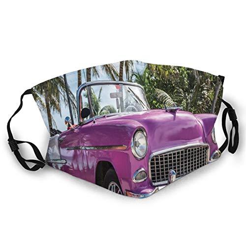 Klassiek gekleurde cabriolet Car Parked On The Beach In Cuba Seaside Exotic Trees Print Safety Mouth Cover voor volwassenen