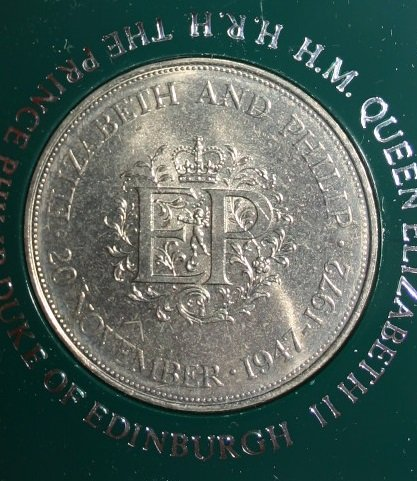 1972 Silver Wedding 20th Anninversay Crown Coin Of Prince Philip and Queen Elizabeth In Fabulous Condition