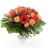 Blumenversand vom Besten! - unser Blumenstrauß - Orange Fire! mit 15 rot-orangen Rosen & Gerbera - mit Grußkarte Deutschlandweit versenden