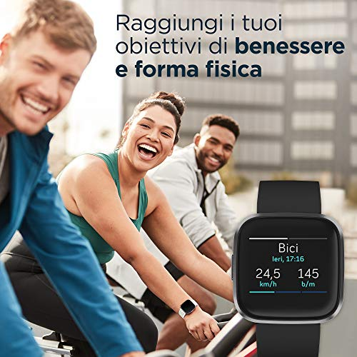 Fitbit Versa 2 - Smartwatch per benessere e forma fisica con controllo vocale, punteggio del sonno e musica, 4 x 4 x 1,2 cm, Nero/Carbone, con Alexa integrata