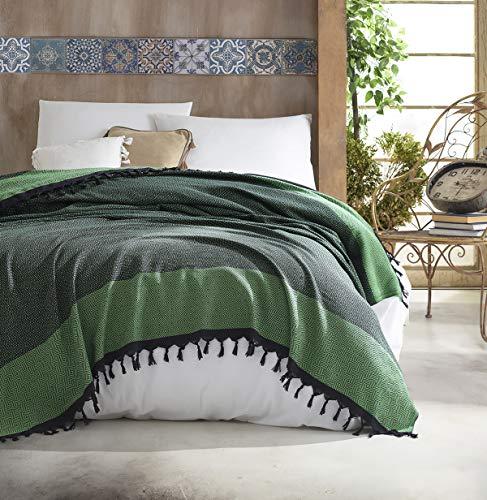 Belle Living Nefes Tagesdecke Überwurf Decke - Wohndecke hochwertig - perfekt für Bett & Sofa, 100prozent Baumwolle - handgefertigte Fransen, 200x250cm (Grün)