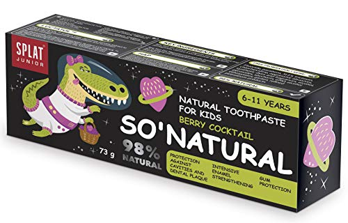 SPLAT JUNIOR SO' Natürlich Zahnpasta für Kinder zwischen 6-11 Jahren mit Berry Cocktail Geschmack - sicher zu schlucken - totaler Kariesschutz - stärkt den Zahnschmelz - 98% natürlich - 73g Packung