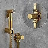 Pulverizador de bidé Grifo de acero inoxidable Inodoro de mano Pulverizador de bidé Kit de ducha de oro de titanio Juego de chorro de válvula de cobre Shattaf B Set