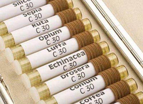 65 Universal Globuli/Glasröhrchen Etiketten - geeignet für Laser und Injektdrucker