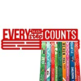 United Medals Every Little Step Counts - Espositore per medaglie sportive, in acciaio verniciato a polvere rosso brillante (3 barre da appendere fino a 48 medaglie) | Cornice per montaggio a parete