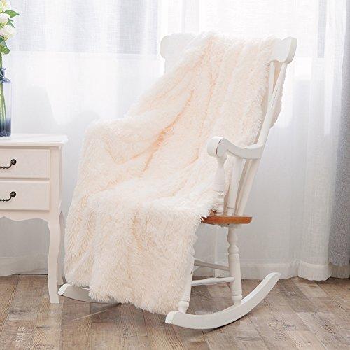 Mannisha Couvre-lit en fausse fourrure Couverture pour canapé Poids léger Panier en peluche à longs poils Couverture, Microfibre, crème, Single(160x200cm)