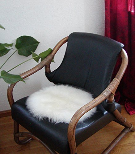 HEITMANN runde Sitzauflage aus australischen Lammfellen, Fellkissen rund naturweiß, Ø ca. 45 cm, waschbar, Haarlänge ca. 70 mm