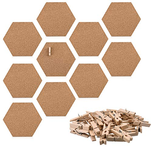 Navaris Kork Pinnwand Korkwand sechseckig - 10x Kork Board 15 x 17,1 cm für Büro Kinderzimmer - Korkplatte inkl. 50 Pins aus Holz - selbstklebend