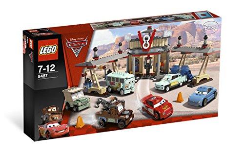 LEGO 8487 Cars 2 Flo's V8 Café