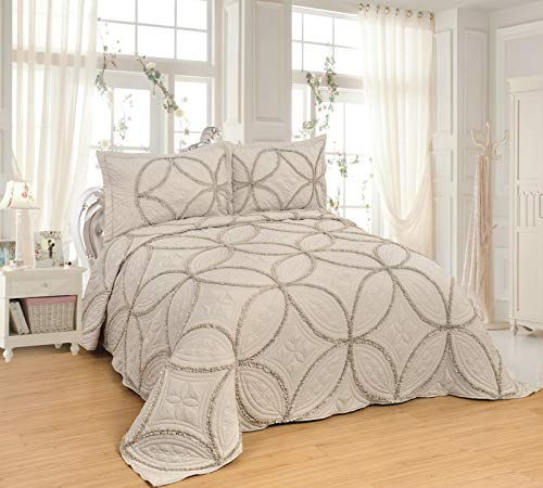 3pcs Fully Quilted Lace Quilts Bedspread Bed Coverlets Cover Set , Queen King 106x96 inch (Lace-Taupe or People May Think it is Very Light sage Green)