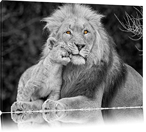 schöner Löwe mit Jungtier schwarz/weiß auf Leinwand, XXL riesige Bilder fertig gerahmt mit Keilrahmen, Kunstdruck auf Wandbild mit Rahmen, günstiger als Gemälde oder Ölbild, kein Poster oder Plakat