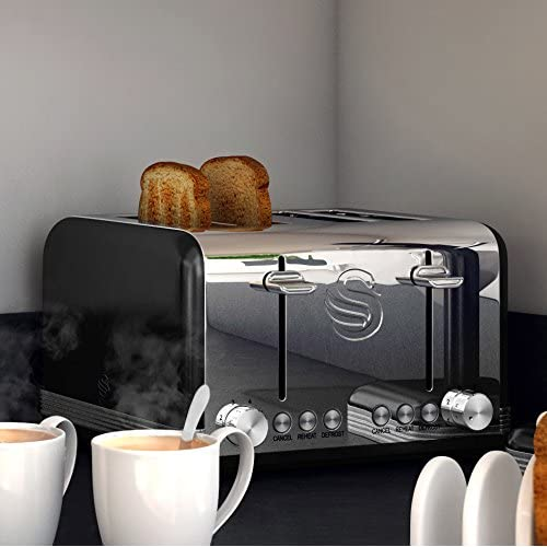 Swan 4 Slice Retro Black Toaster
