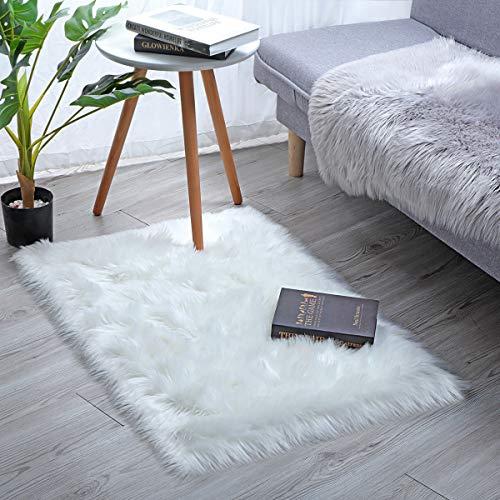 YIHAIC Faux tappetto di pelle di pecora tappeto , imitazione lana, adatto per tappeto per soggiorno, lunga pelliccia morbida, soffice, tappetino per il letto(bianco, 60 x 90 cm)