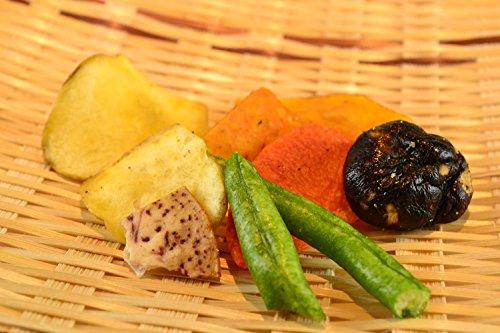 沖縄県産 やさい畑×3袋 沖縄特産販売 7種類の野菜の美味しさを詰め込んだミックスベジタブルチップス お子さんのおやつに ビールのおつまみに 軽いスナック感覚で