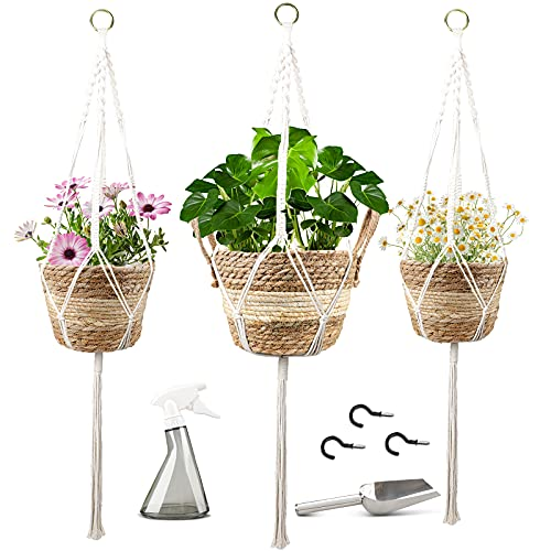 3-Pack Natural Seagrass Basket Hanging Planters Only $13.49 (Retail $26.99)