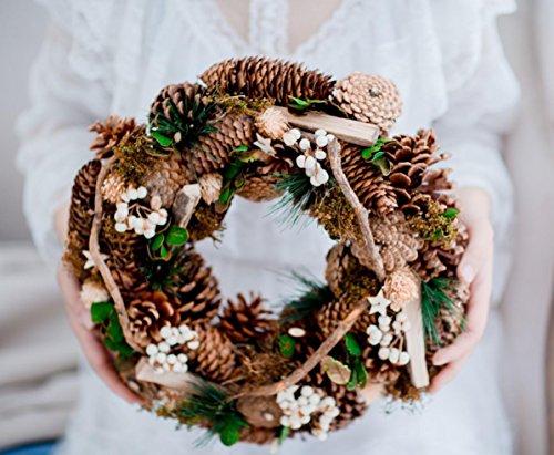 XY-QXZB Décorations de Noël salon mur décoré branches sèches formes naturelles cônes de pin couronnes