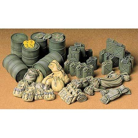 TAMIYA 35229 – 1:35 Diorama-Set Zubehör f.Allierte Fhz., Modellbau, Plastik Bausatz, Basteln, Hobby, Kleben, Plastikbausatz