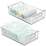 mDesign 2er-Set Kinderzimmer Organizer – große Sortierbox mit praktischen Griffen – BPA-freier Kunststoffbehälter für Spielzeug, Windeln, Stofftiere & Co. – durchsichtig