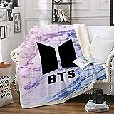 Amacigana BTS - Manta polar para cama y sofá (100% microfibra, 150 cm x 200 cm), diseño de dibujos...