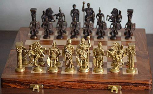 Metallic India Juego de ajedrez de latón romano hecho a mano con tabla de madera, (marrón)