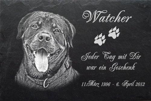"""Schiefertafel mit wetterfester Lasergravur des Motives """"Hund-016"""" Rottweiler (mit dem Musterbild oder Ihrem eigenen Foto - siehe Auswahl) und Ihrem Text/Daten in der gewünschten Schriftart z.B. als Tiergrabstein auf das Grab oder als Tiergedenktafel"""