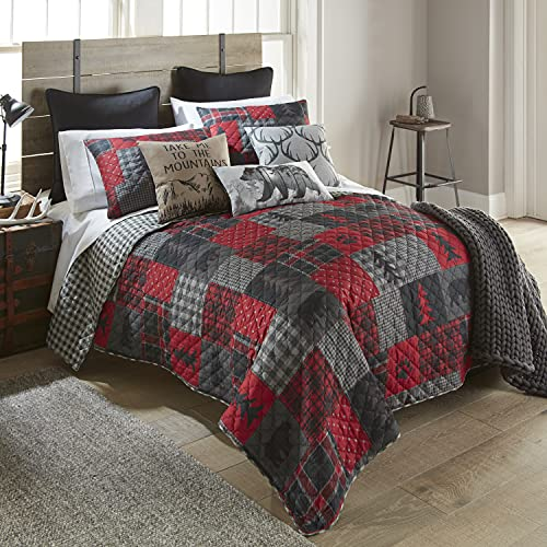 Full / Queen Bedding Set - 3 Piece - Red Forest by Donna Sharp - Lodge Quilt Set with Full/Queen Quilt and Two Standard Pillow Shams - Fits Queen Size and Full Size Beds - Machine Washable