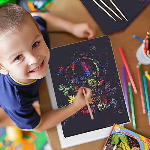 BESTZY Manualidades para Niños, 50 Hojas Scratch Art Cuadernos para Dibujar Papel de Rascar Incluye 4 Plantillas de Plantillas de Dibujo y 5 Lápices de Madera y 1 Sacapuntas