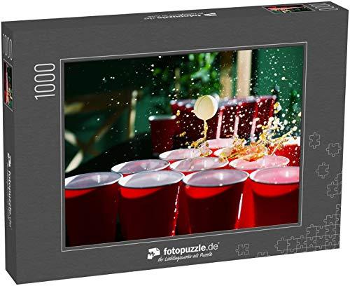 Puzzle 1000 Teile Becher und Plastikball für Bier-Pong-Spiel auf dem Tisch - Klassische Puzzle, 1000/200/2000 Teile, in edler Motiv-Schachtel, Fotopuzzle-Kollektion 'Getränke'