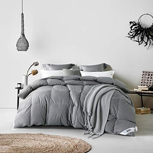 UMI. Essentials Goose Down Duvet with 100% Cotton Down-Proof Fabric (13.5 Tog, 650 Fill Power, Single, Grey)