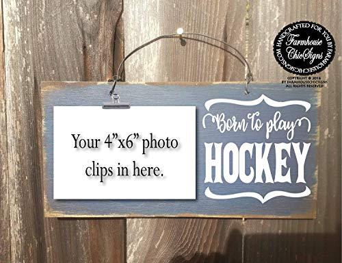 CELYCASY Schild mit Aufschrift Born to Play Hockey Hockey Hockey Hockey Geschenk für Hockey Spieler Feldhockey Eishockey Hockey Dekoration Hockey Schild 268