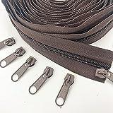 WKXFJJWZC 10 yardas (9.3metros ) 5 # largo de nylon cremallera con 20 piezas deslizante de cremallera para bricolaje costura accesorios de ropa (20 colores) (café)