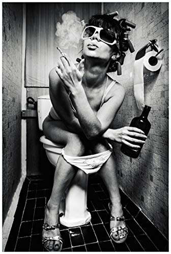 Wallario Poster - Kloparty - Sexy Frau auf Toilette mit Zigarette und Schnaps in Premiumqualität, Größe: 61 x 91,5 cm (Maxiposter)