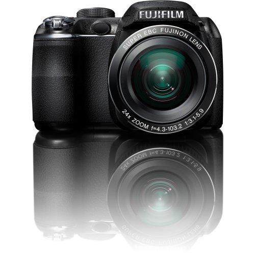 Fujifilm FinePix S3200 14 MP Digital Camera with Fujinon 24x Super Wide Angle Optical Zoom Lens and 3-Inch LCD