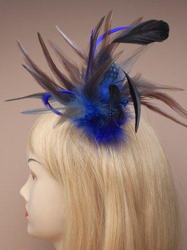 assortis fascinator plume sur broche fourchue avec broche pin.in un assortiment de bleu/vert et turq. ces - Vert, Standard, Standard
