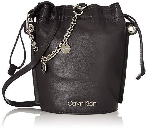 Calvin Klein Damen Chained Sml Bucket Schultertasche, Schwarz (Black), 12x24x16 Centimeters