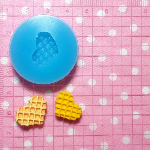 003LBQ Heart Waffle Silicone Mold Miniature Food Sweets Cupcake Jewelry Charms Clay Fimo Resin Wax Fondant