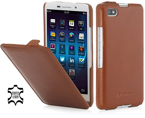 StilGut® UltraSlim Case, Funda de Piel con función On-/Off para el Blackberry Z30, coñac