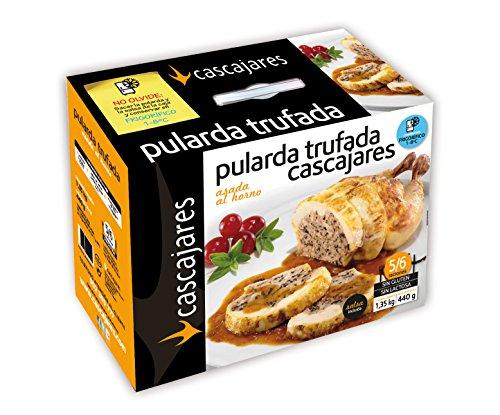 CASCAJARES - Pularda trufada asada al horno (producto precocinado). Pularda de 1.2 kilos acompañada por medio litro de salsa de Setas, para 5-6 personas.