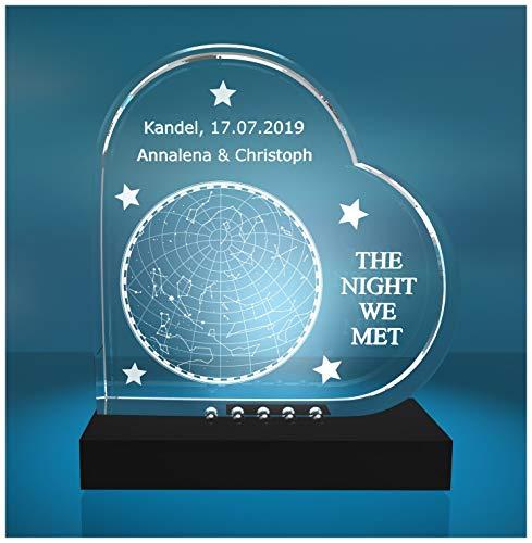 VIP-LASER Glasherz Glasfoto Motiv: Sternenhimmel vom Tag Eures kennenlernens - das romantische Geschenk mit Einer persönlichen Gravur! (incl. LED-Leuchtsockel (empfohlen))