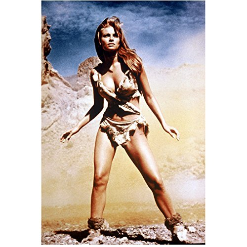 Raquel Welch 8x10 Photo One Million Years B.C. The Three Musketeers Legally Blonde Prehistoric Bikini Standing kn