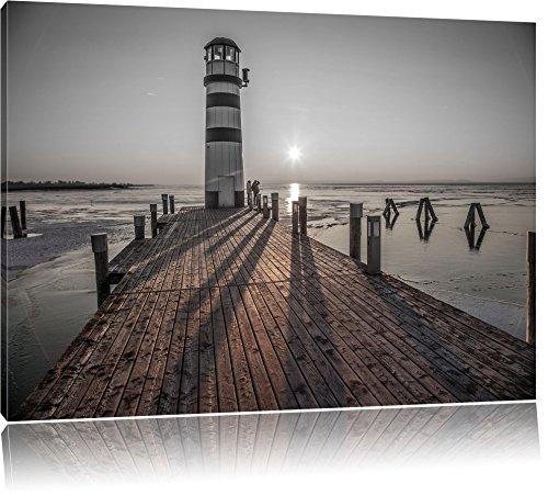 Pixxprint Leuchtturm am Steg als Leinwandbild | Größe: 120x80 cm | Wandbild | Kunstdruck | fertig bespannt