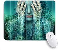 EILANNAマウスパッド 彼女の顔を握りしめる少女 ゲーミング オフィス最適 おしゃれ 防水 耐久性が良い 滑り止めゴム底 ゲーミングなど適用 用ノートブックコンピュータマウスマット