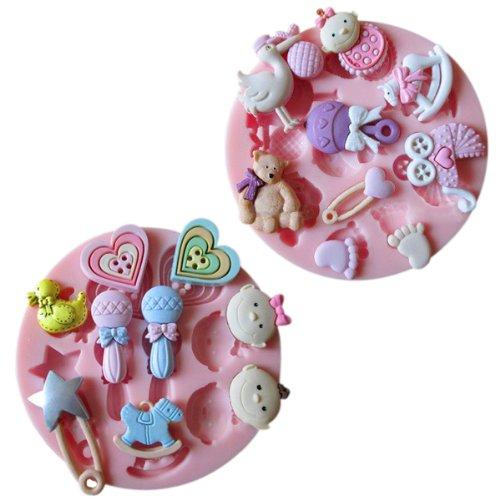 Surepromise Lot de 2 moules à emporte-pièces en silicone thème bébé avec formes biberon, poussette, cheval à bascule etc.