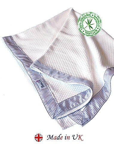 BebeChic Luxe 100% Biologisch Bamboe * Cellulair * Baby Deken - Naturel Wit/Champagne Crib/Newborn 95cm x 80cm Bamboo Blanket: Natural White. Ribbon Trim: Champagne