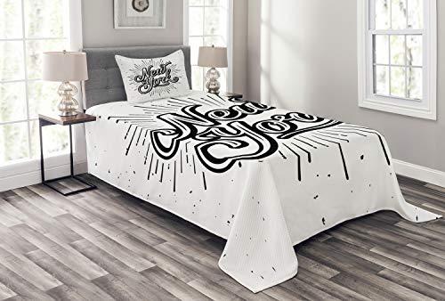 ABAKUHAUS Jahrgang Tagesdecke Set, New Yorker Typografie, Set mit Kissenbezügen Sommerdecke, für Einselbetten 170 x 220 cm, Weiß Schwarz