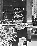 1art1 Audrey Hepburn - Vetrina di Tiffany Stampa d'Arte (30 x 24cm)