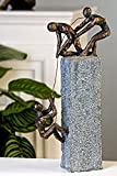 Contenido: 1pieza Material: Plástico (polirresina) Medidas: Altura 41cm, ancho total: 23cm aprox. Color: Bronce/gris marrón Tamaño Socket: 9,5x 7,5cm
